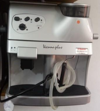 Máquina de Café Expresso Saeco Vienna Plus 110V Autônoma Usada (Semi Nova)