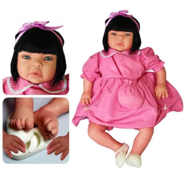 Bebê Reborn Caterine Festa e Mochila Refletindo