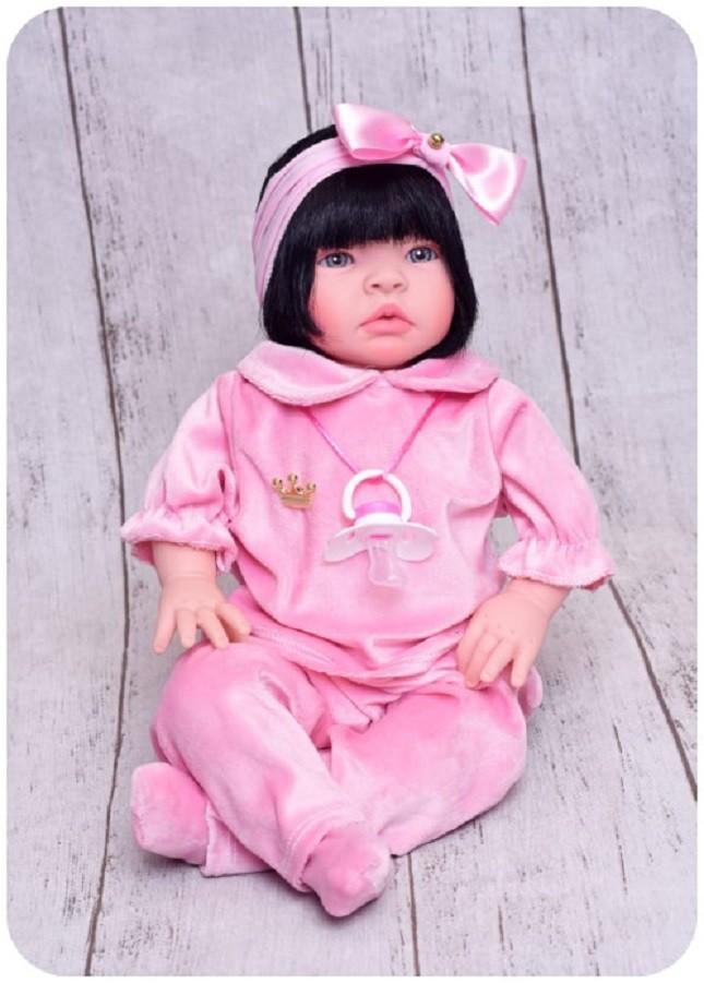Boneca Bebê Reborn Lara Morena Refletindo