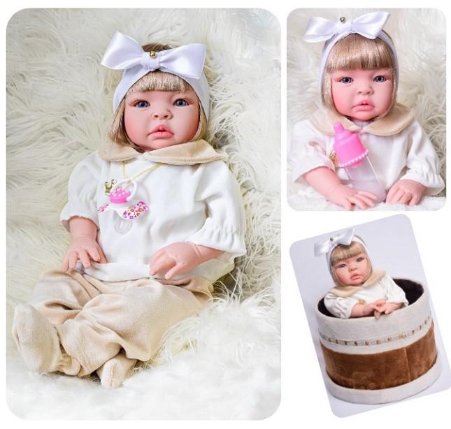 Boneca Bebê Reborn Loira Duda  Refletindo