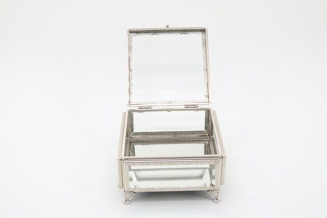 Caixa, Estojo,Porta Jóias e Bijuterias  em vidro Decorativo 10 x 16 x 16 - M1087