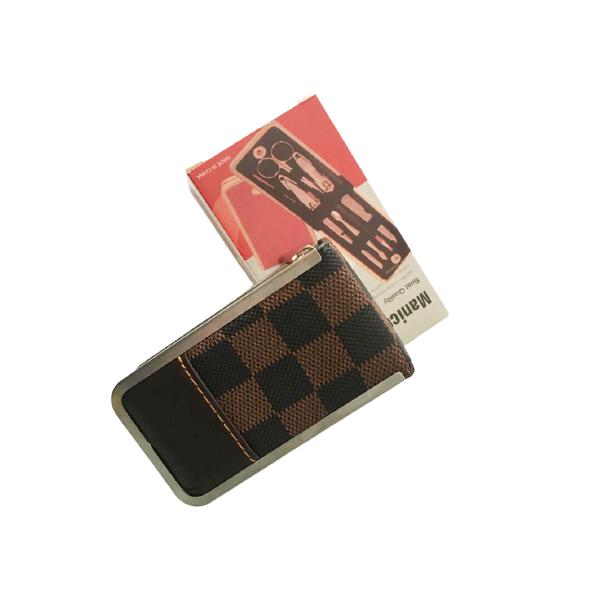 Kit Manicure para viagem em aço inoxidável 7 peças com um lindo estojo Marron