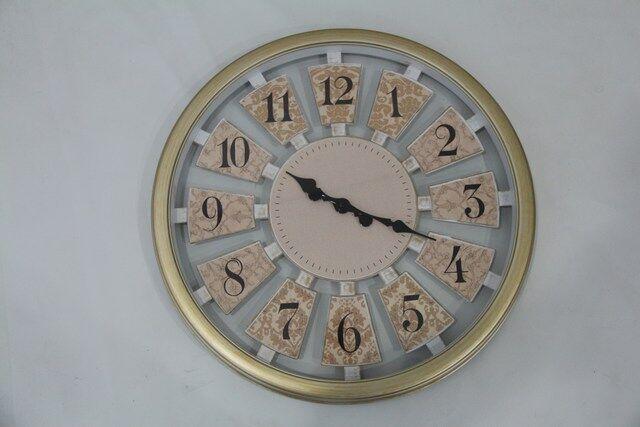 Relógio em Metal de Parede Decorativo a Pilha- Dourado- F621