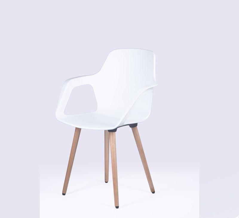 Cadeira Beau com Braços e Pés em Madeira - PACK COM 4 UNIDADES