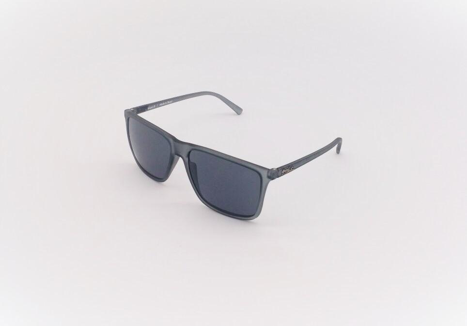 87f0232f6f002 Óculos de Sol Masculino GUGA KUERTEN Acetato Cinza Miami II GK 126.1 ...