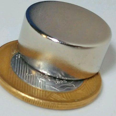 Abridor metal de Garrafa de Parede + Imã de Neodímio 22mm x 10mm