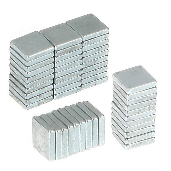 Imã De Neodímio / Super Forte / 5mm X 5mmx 1mm * 50 Peças *