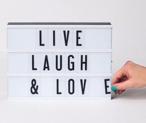 Caixa De Luz LED Cinematográfica Com 96 Letras