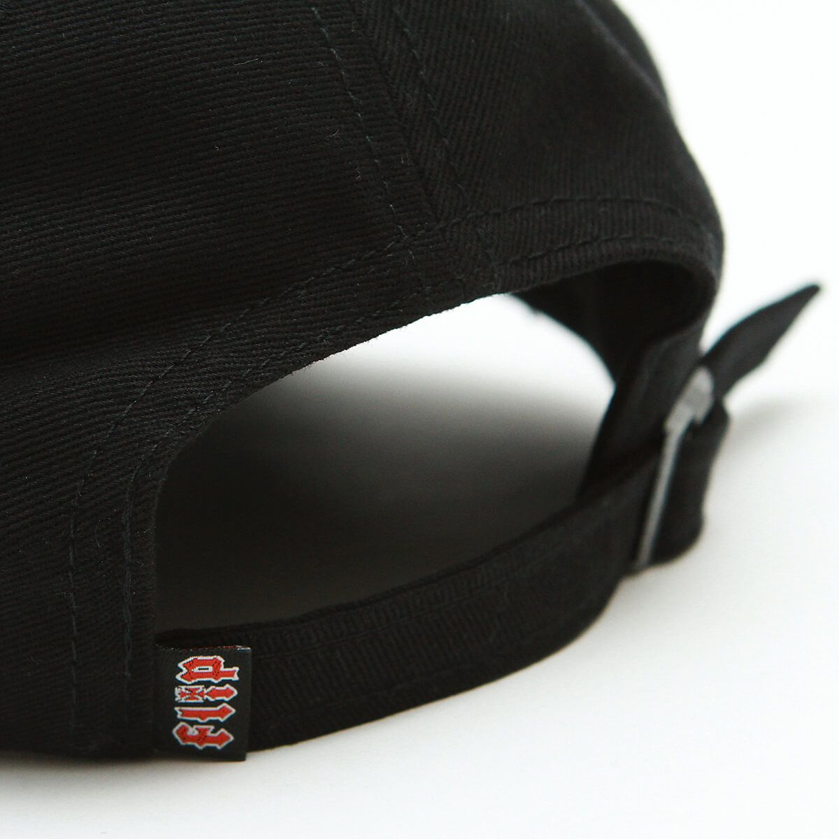 Boné Flip Strapback Aba Curva HKD Logo Preto