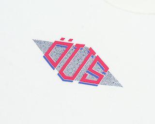 Camiseta Öus Triangular Natural