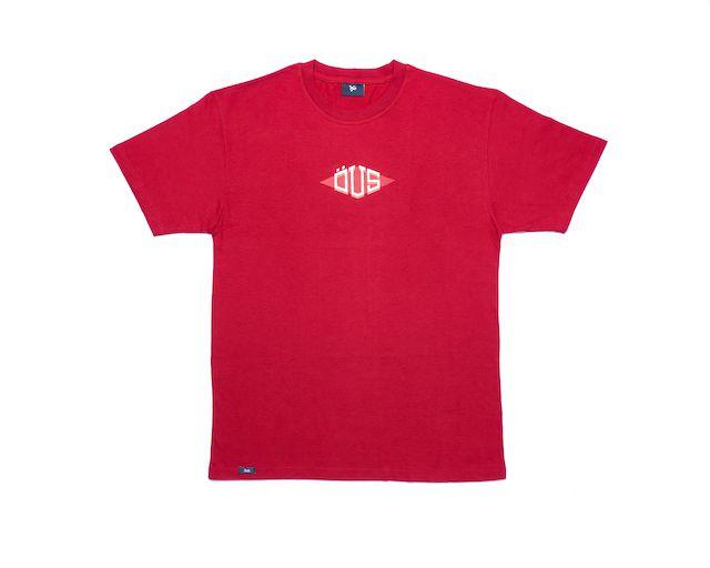 Camiseta Öus Triangular Vinho