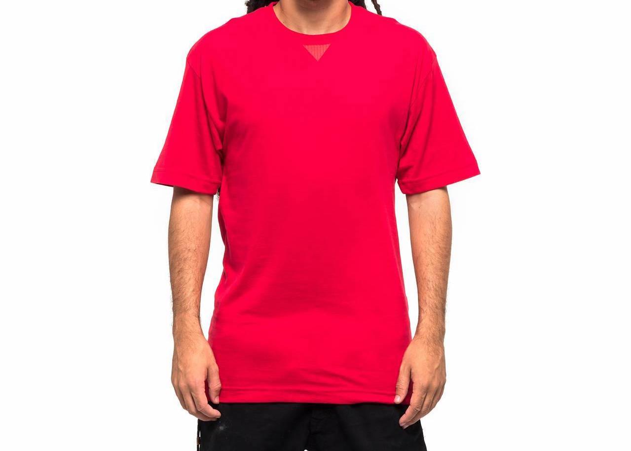 Camiseta Öus V Básica Vermelha