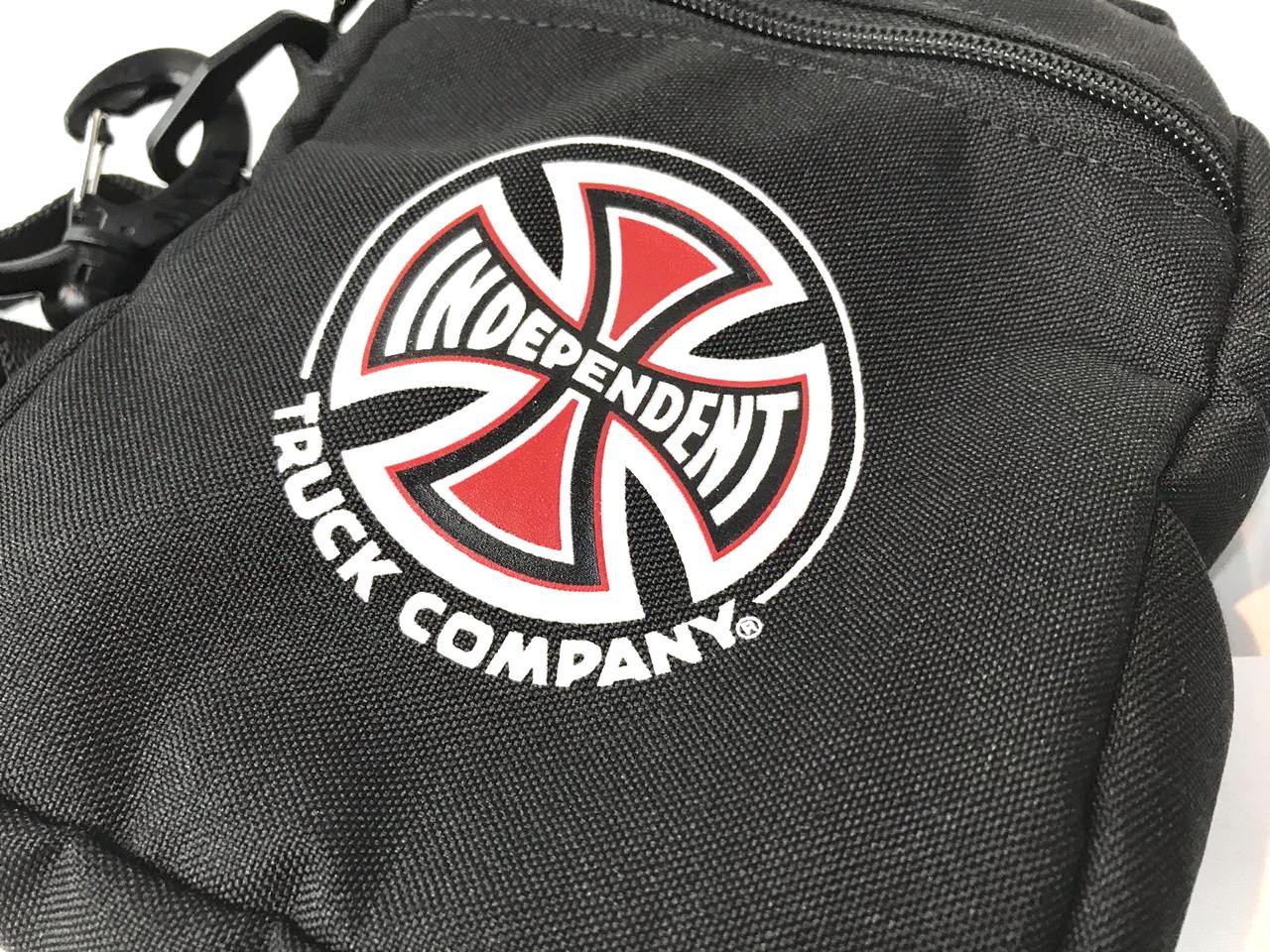Shoulder Bag Independent Preta