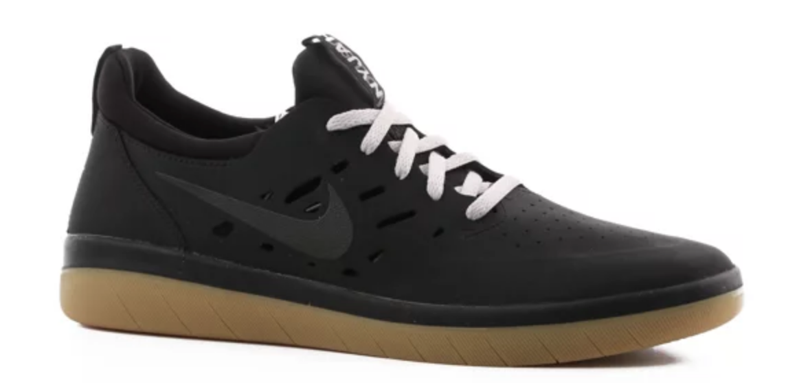 Tênis Nike SB Nyjah Preto - Place Skate Shop 93bcd852a38ee
