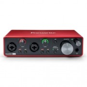 Interface de Áudio Focusrite Scarlett 2I2