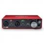 Interface de Áudio Focusrite Scarlett 2I2