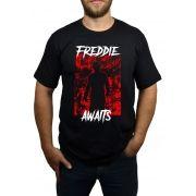 Camiseta Freddie Krueger Awaits Preto