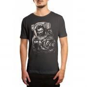 Camiseta HShop Astronauta Zumbi Cinza
