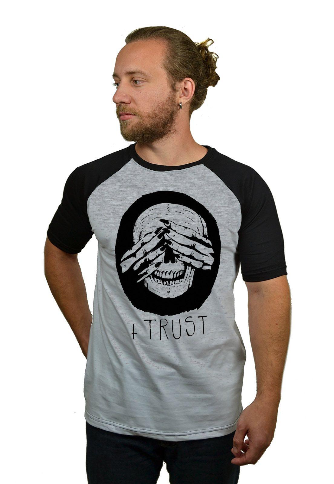 Camiseta Raglan Hshop Trust Me - Cinza Mescla com Preto  - HShop