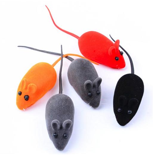 4 Ratinho de Borracha com Textura Camurça e apito sonoro