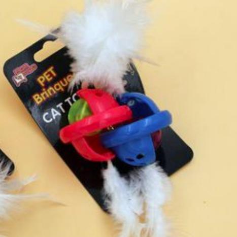 Brinquedo para Gatos - Vira Bolinha c/ Pena e Guizos