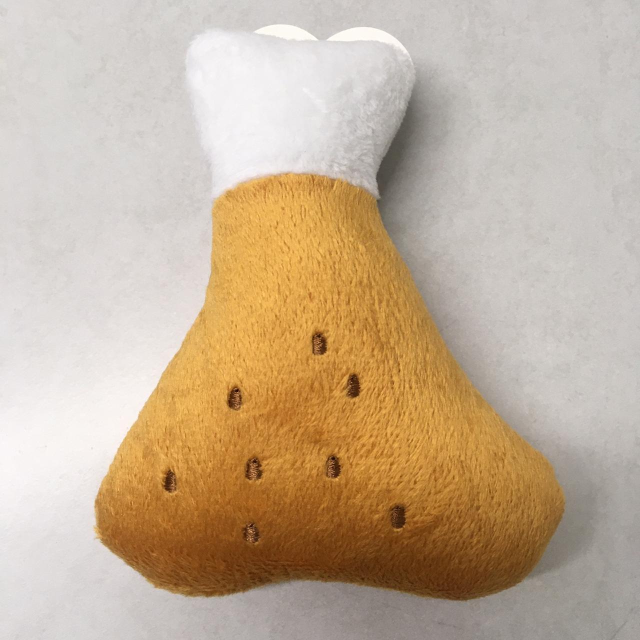 Brinquedo Pelúcia Coxa para Cães e Gatos apito sonoro