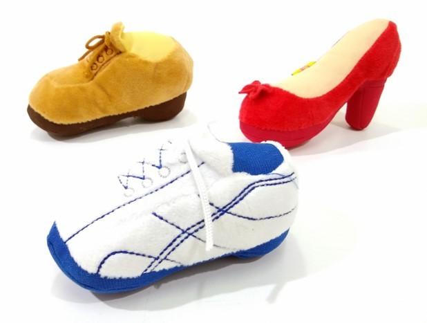 Brinquedo Pelúcia Sapatos para Cães e Gatos