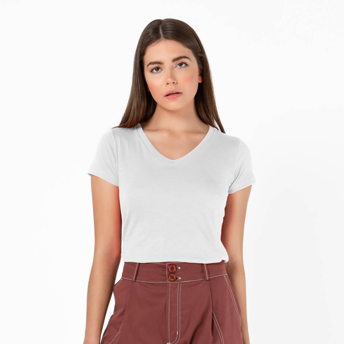Blusa Feminina Básica Comfort Gola V Branca