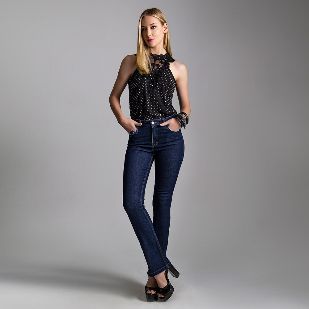Calça Jeans Feminina Boot Cut Básica