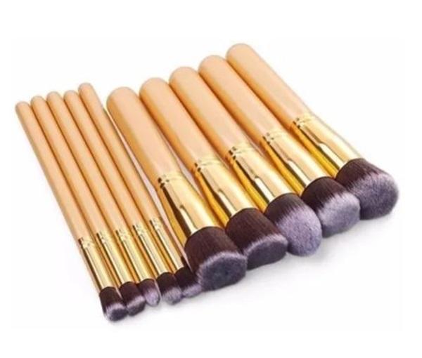 Kit 10 Pincéis Maquiagem - Kabuki E Precisão Dourado