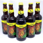 Na caixa de Madeira com 6 Cervejas Blondine Felina Pale Ale 500ml