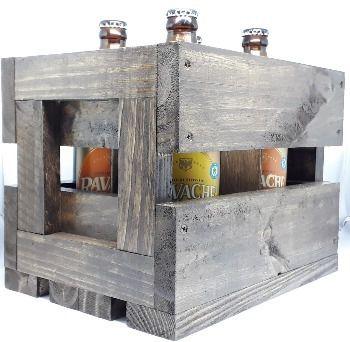 Na Caixa de Madeira com 4 Cervejas Ravache IPA e Gold