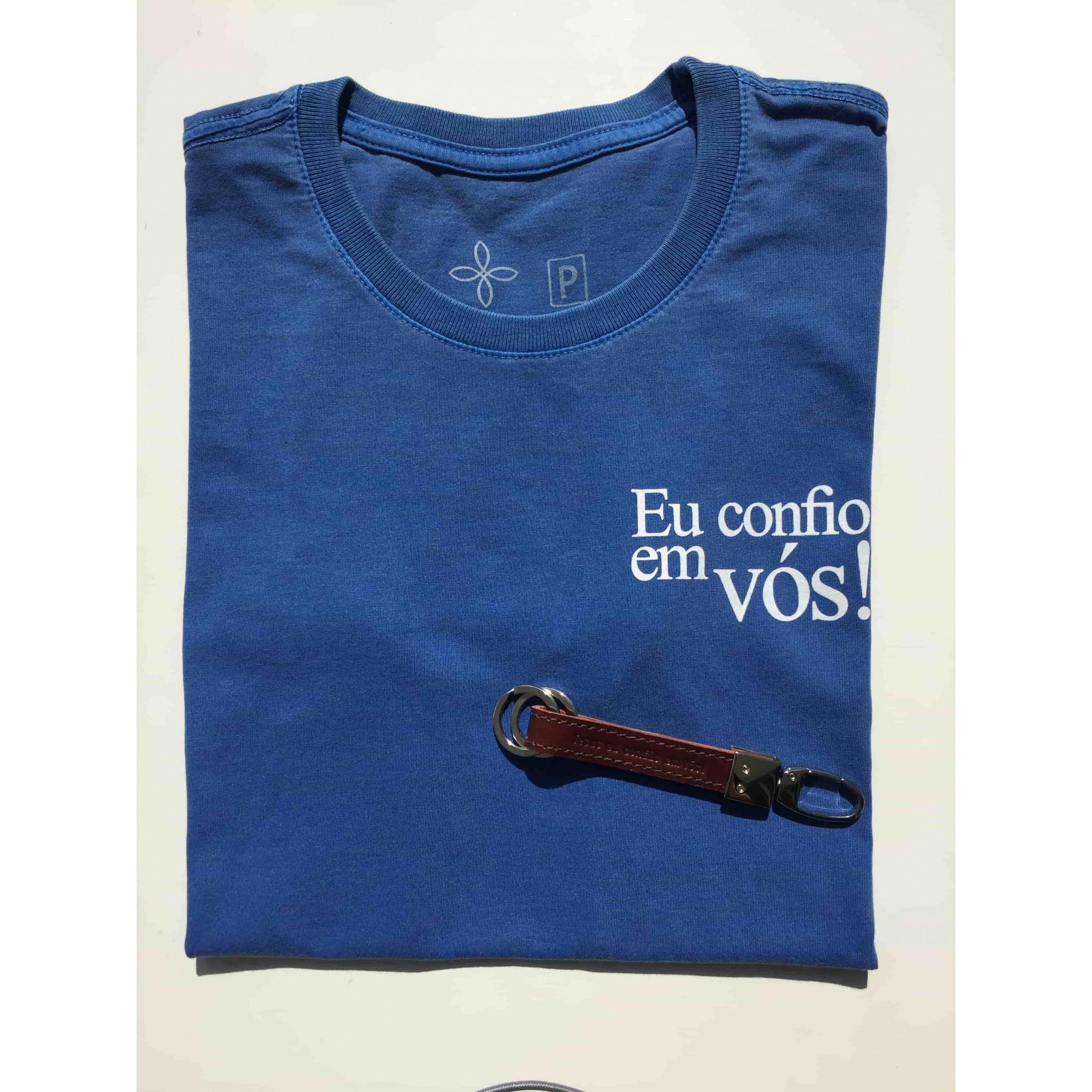 Kit Confiança 8 - Camiseta Azul Stoned Eu confio em Vós + Chaveiro couro Jesus eu confio em Vós