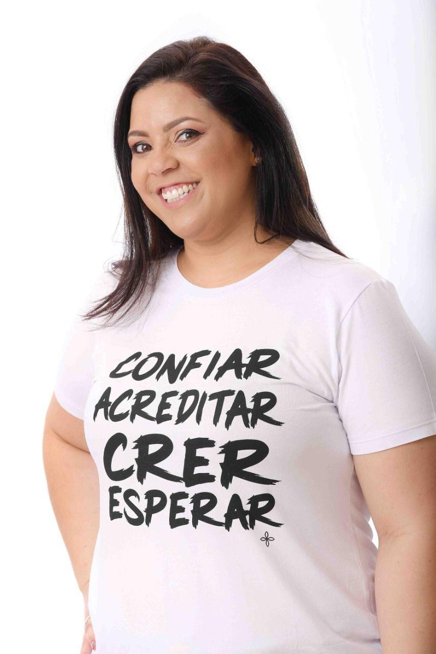 T-SHIRT CONFIAR ACREDITAR CRER E ESPERAR MERCY