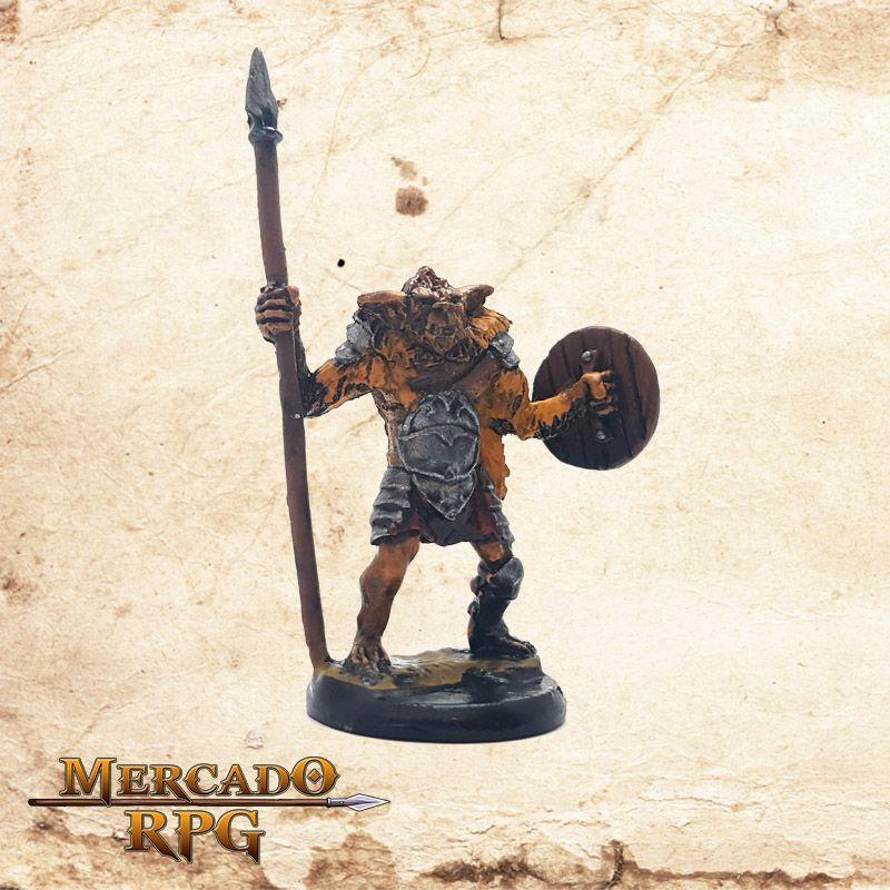 Bugbear - Lança e Escudo  - Mercado RPG