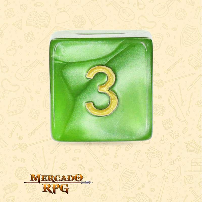 Dado de RPG - D6 Light Green Pearl Dice Golden Font - Seis Lados - Mercado RPG