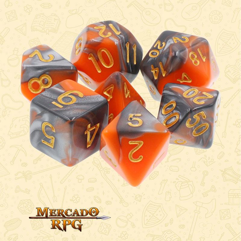Dados de RPG - Conjunto com 7 Dados Blend - Silver & Orange Blend Color Dice - Mercado RPG