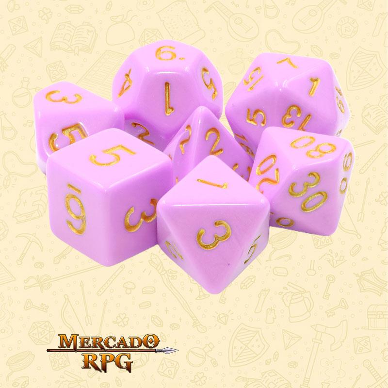 Dados de RPG - Conjunto com 7 Dados Opacos - Cerise Gold Opaque Dice Golden Font - Mercado RPG