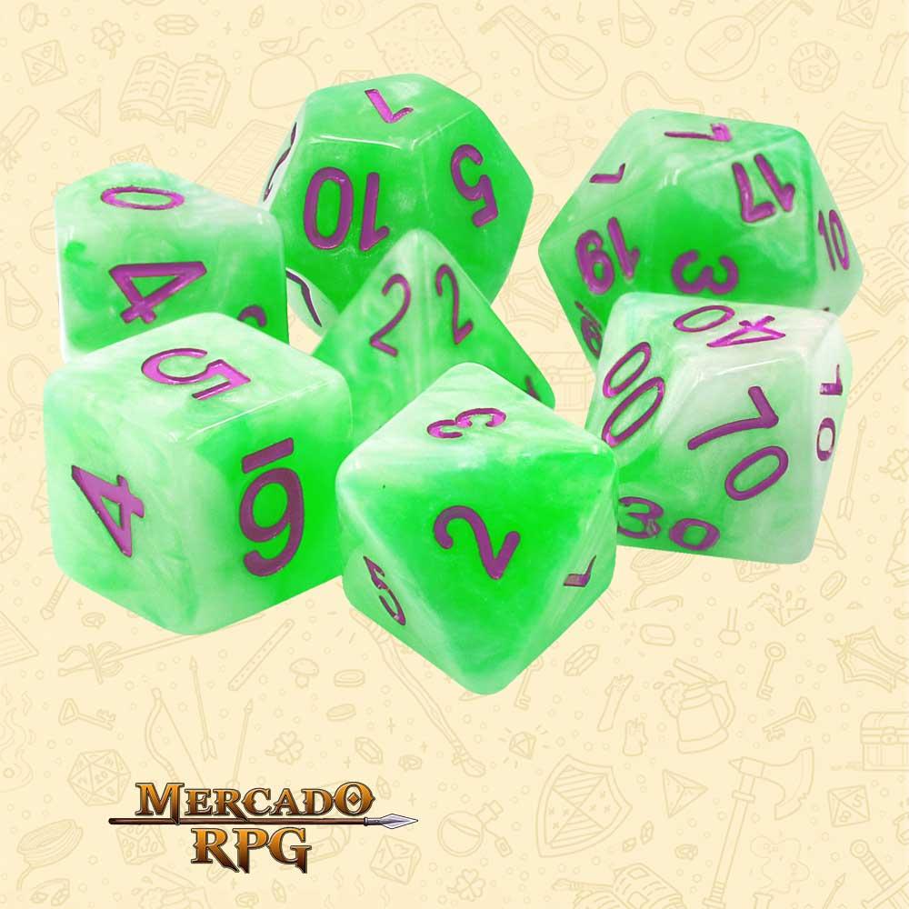 Dados de RPG - Conjunto com 7 Dados Perolados - Green Pearl Dice Purple Font - Mercado RPG