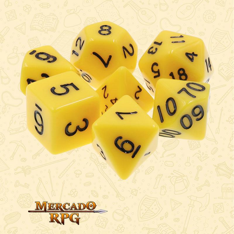 Dados de RPG - Conjunto com 7 Dados Perolados - Yellow Opaque Dice Black Font - Mercado RPG