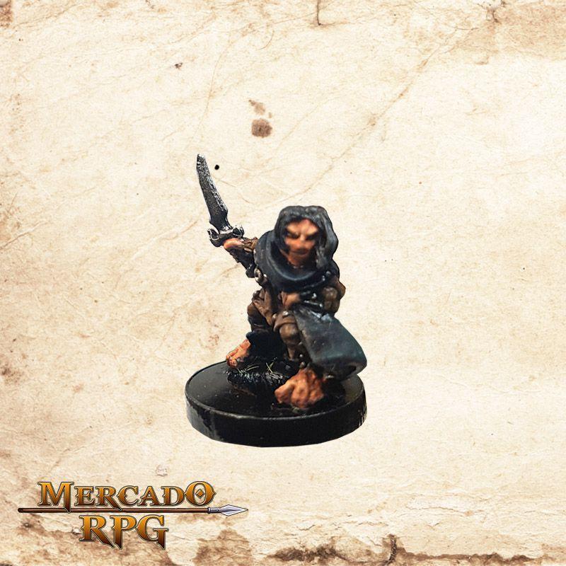 Hellakin Goregutter, Halfling Thief - Reaper Bones - Miniatura RPG  - Mercado RPG