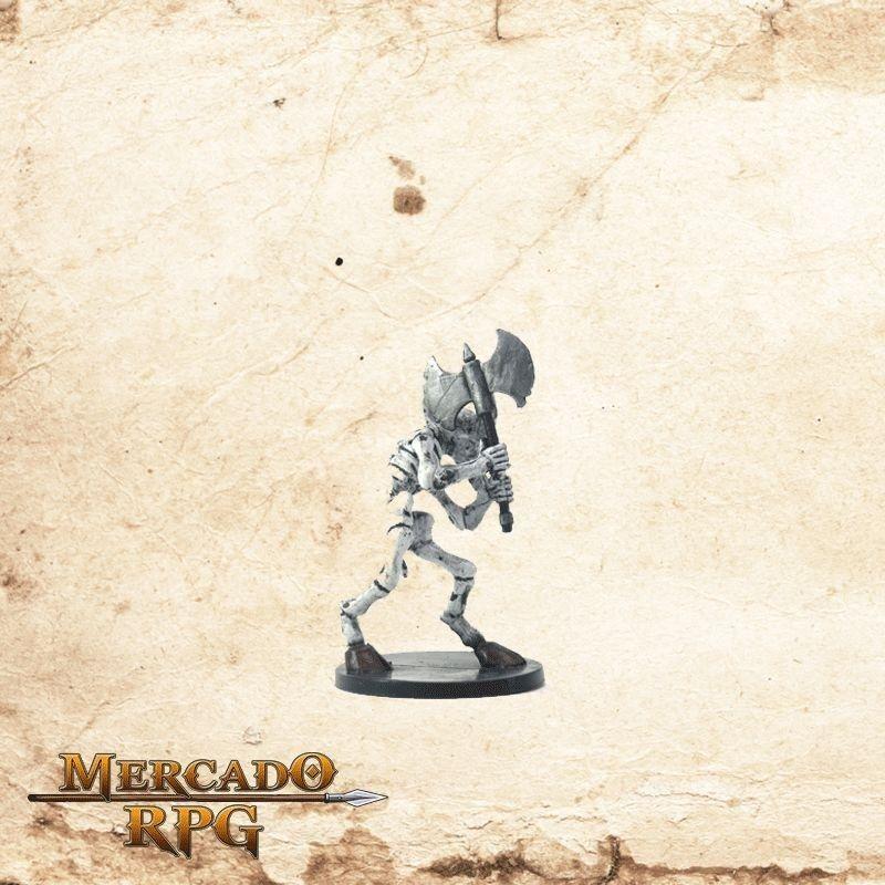 Minotaur skeleton - Com carta  - Mercado RPG