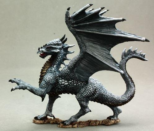 Silver Dragon - Miniatura RPG  - Mercado RPG
