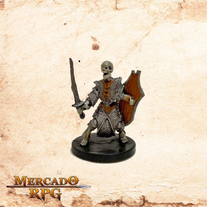 Skeleton - Com carta  - Mercado RPG