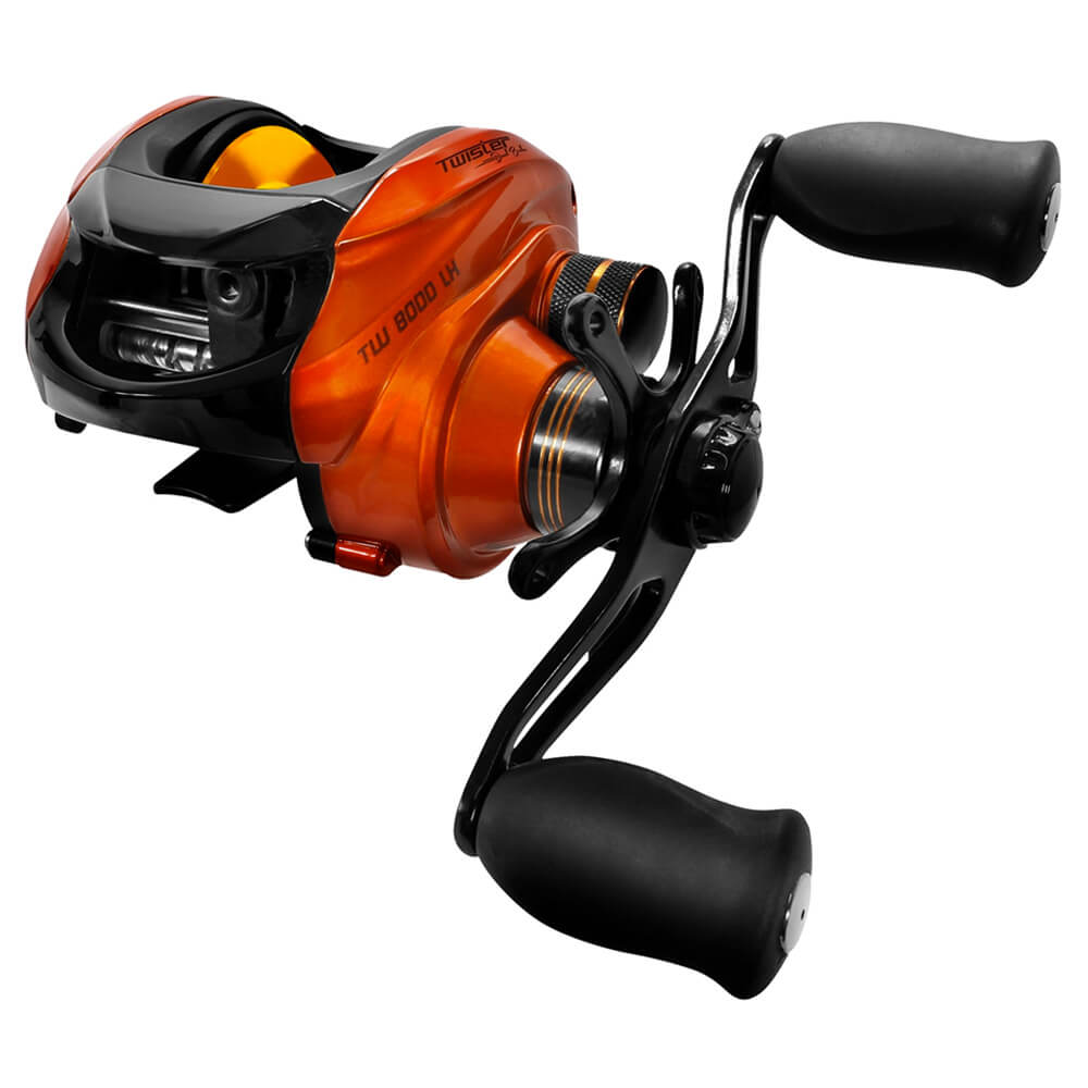 CARRETILHA SAINT PLUS TWISTER DUAL BRAKE 8000 LH - MANIVELA ESQUERDA