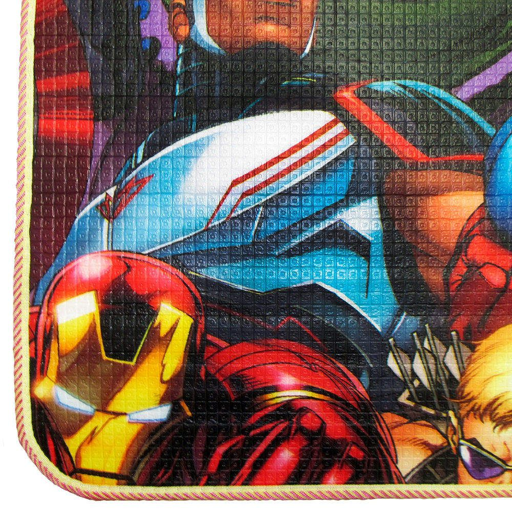 Tapete Recreio Jolitex Dupla Face 1,20x1,80m Vingadores Homem Aranha