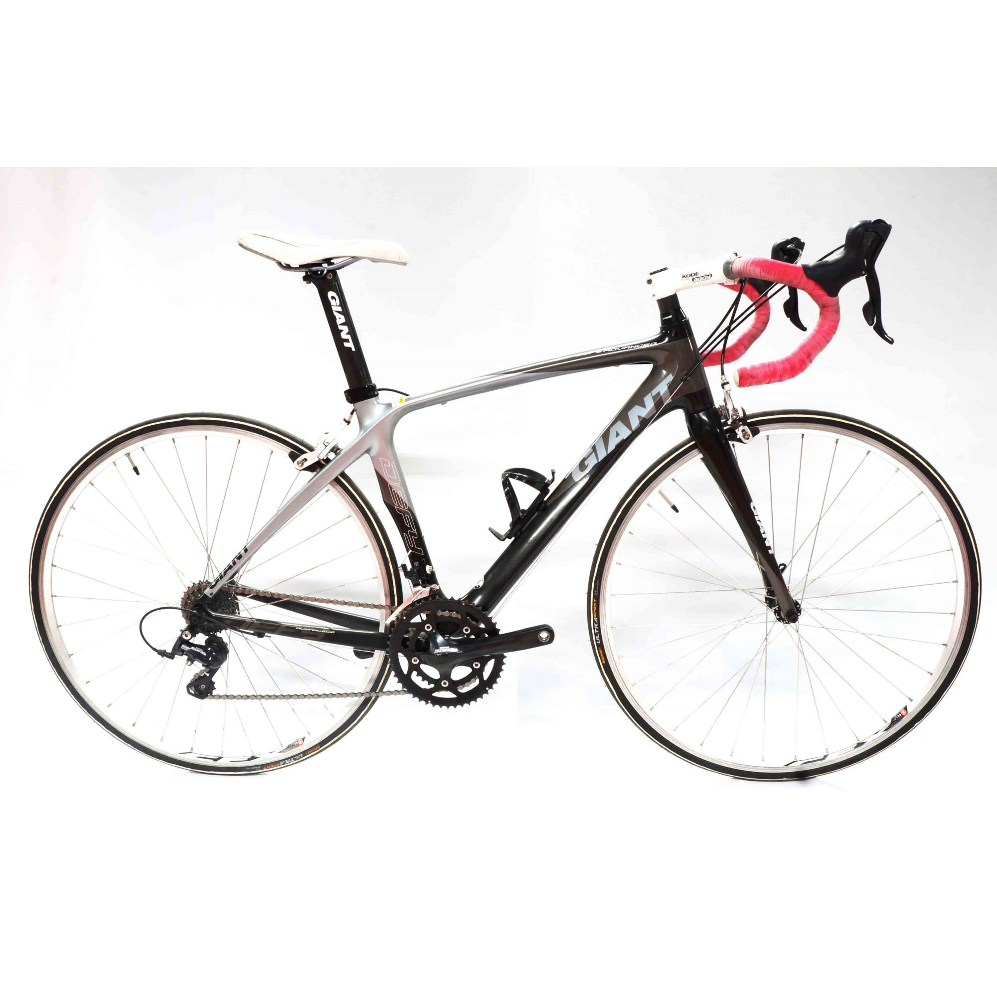 BICICLETA 700 GIANT DEFY ADVANCED T.S PRETO/CINZA (SEMI NOVA)