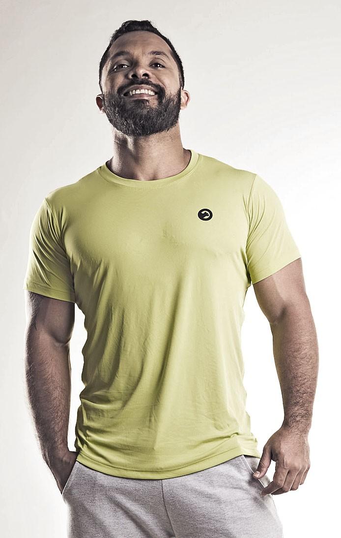 Camiseta masculina de  poliamida  tradicional