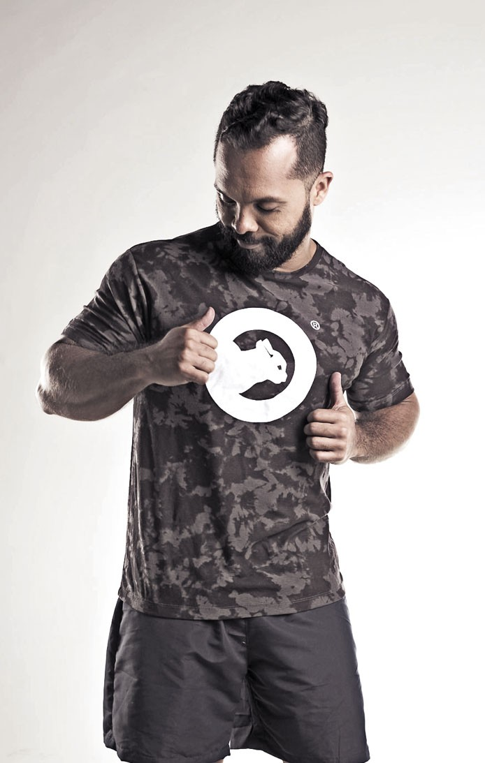 Camiseta manga curta masculina tie die