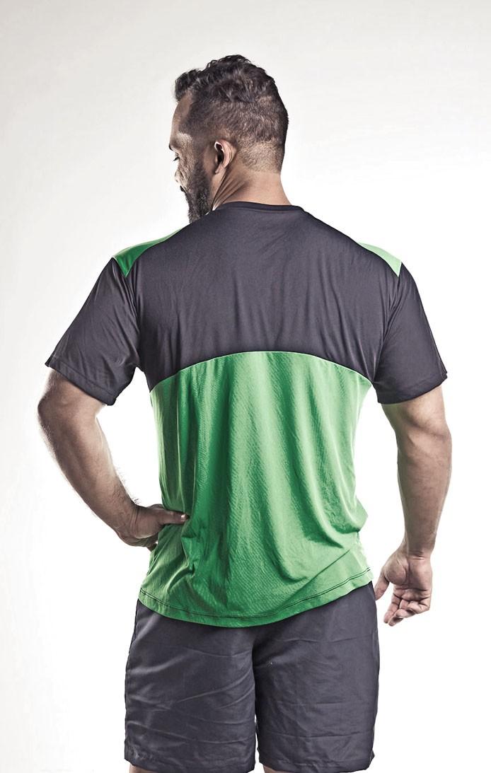 Camiseta Poliamida Recortada - Masculina